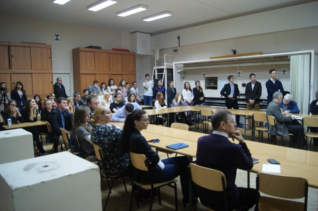 Pracownicy Wydziału i Studenci zebrani na Obronie Grantu Rektorskiego