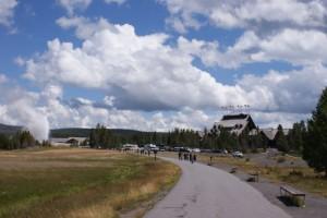 Rozbudowana infrastruktura turystyczna to wizytówka wszystkich Parków Narodowych w USA i National Park Service - Yellowstone National Park