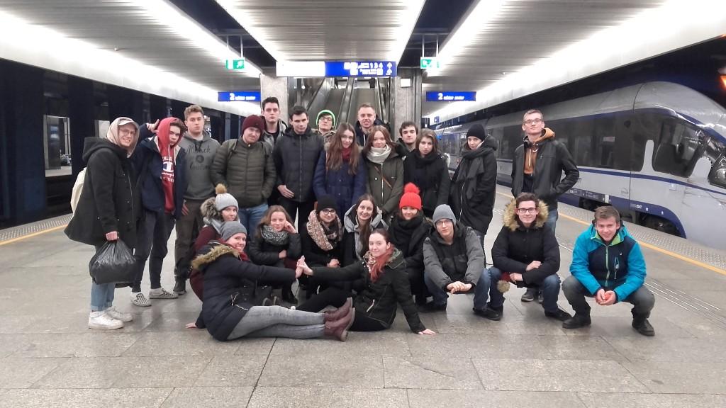 Zdjęcie grupowe już w Warszawie